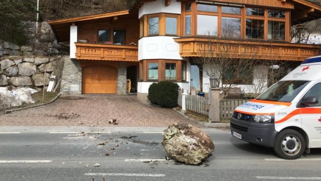 Kössen-Felsabbruch-Steinschlag-Bundesstraße-Fotocredit: ZOOM.TIROL (Bild: zoom.tirol)