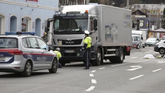 Unfalldrama in Salzburg: Eine Radfahrerin kam ums Leben. (Bild: Markus Tschepp)