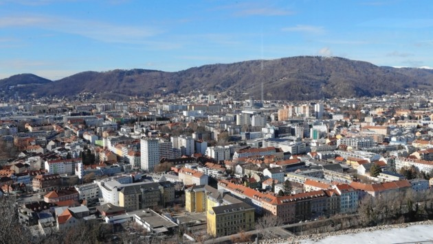 Seilbahn, umstrittener Wald-Tausch - der Plabutsch im Grazer Westen steht aktuell im Fokus. (Bild: Juergen Radspieler)