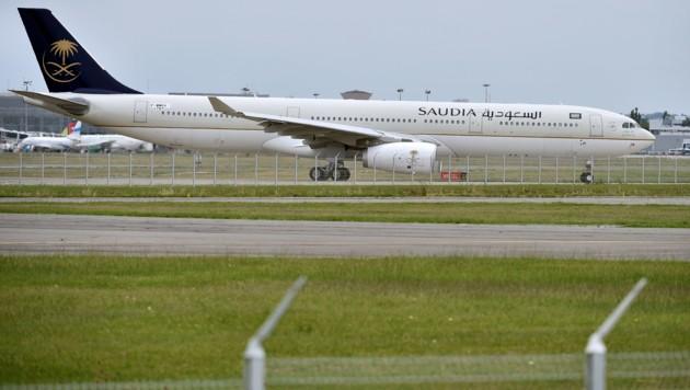 Ein Airbus A330 der Saudi Arabian Airlines am Flughafen von Toulouse (Bild: AFP)