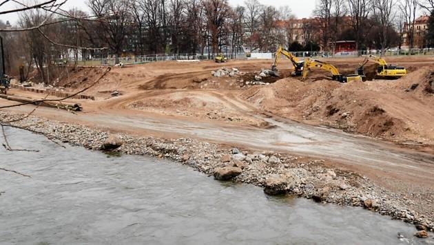 Der Grazer Augarten erhält eine Bucht mit Zugang zur Mur. (Bild: Christian Jauschowetz)