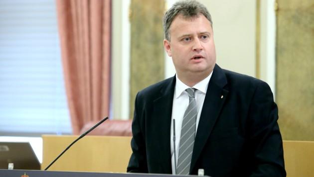 Peter Handlos ist FPÖ-Bezirkssprecher und Landtagsabgeordneter. (Bild: Denise Stinglmayr)
