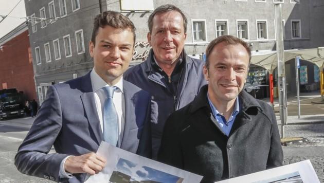 Auinger (r.) schloss mit Lukas Rößlhuber (Neos) und Johann Padutsch die Neutor-Allianz. (Bild: Tschepp Markus)