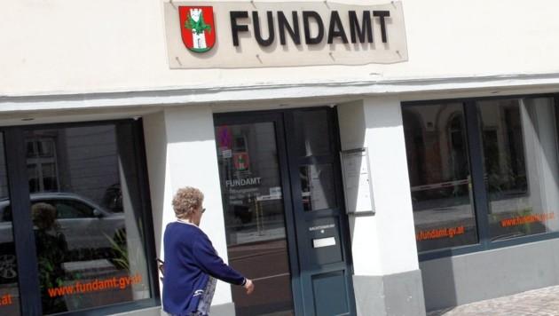 Im Klagenfurter Fundamt landet immer wieder auch wertvoller Schmuck (Bild: Uta Rojsek-Wiedergut)