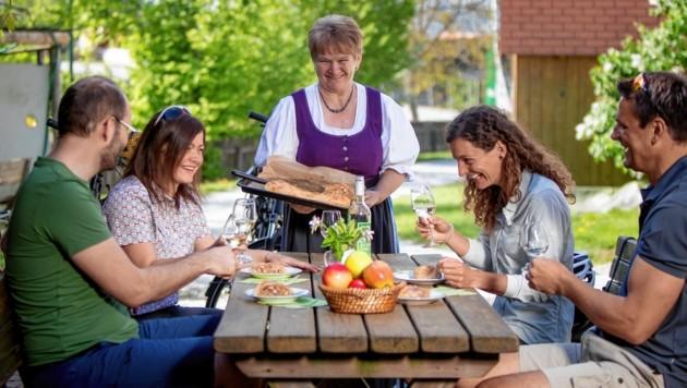 Genuss und Kulinarik stehen bei den Steiermark-Urlaubern ganz hoch im Kurs (Bild: Steiermark Tourismus / ikarus.cc)