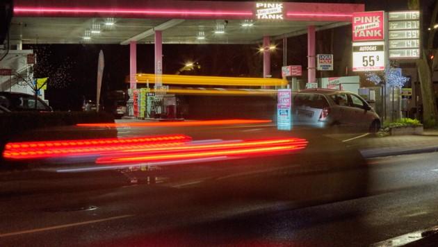 Eine Tankstelle in Deutschland (Symbolbild) (Bild: APA/dpa/Georg Wendt)