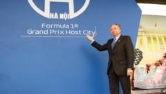 FIA-Präsident Jean Todt gibt den Startschuss zum Strecken-Bau in Hanoi. (Bild: APA/AFP/Nhac NGUYEN)