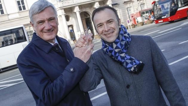 Am Sonntag stellen sich Harald Preuner (ÖVP, li.) und Bernhard Auinger (SPÖ) in der Stadt der Stichwahl. (Bild: Tschepp Markus)