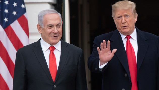 Benjamin Netanyahu zu Besuch bei Donald Trump (Bild: AFP)
