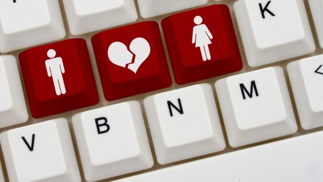 Online-Betrug statt großer Liebe (Bild: stock.adobe.com/Karen Roach)