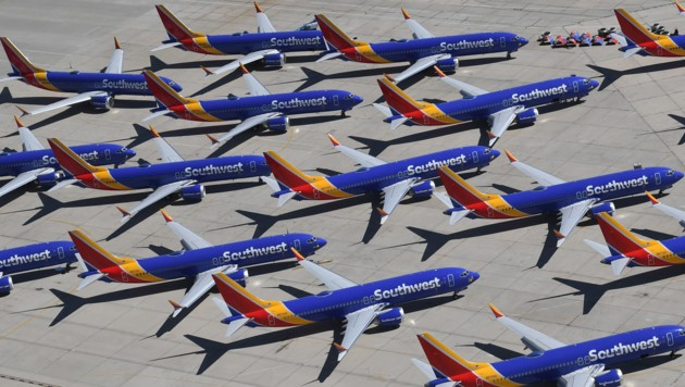 Müssen weiter am Boden bleiben: Boeing 737 MAX der Southwest Airlines in Kalifornien (Bild: AFP)