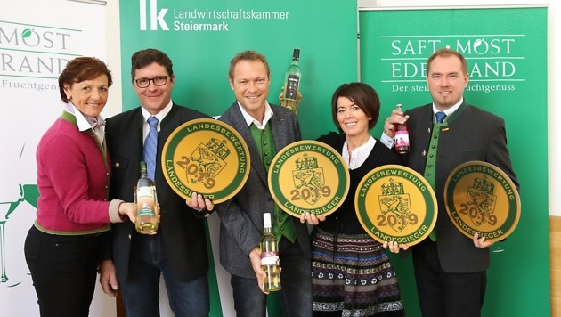 Maria Pein (Landwirtschaftskammer), Christof Krispel, Marianne & Martin Mausser, Michael Pöltl (v.li.) (Bild: Jauschowetz Christian)