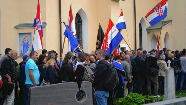 Jedes Jahr nehmen um die 15.000 Besucher teil. Darunter sind auch immer Neo-Nazis. (Bild: Claudia Fischer)