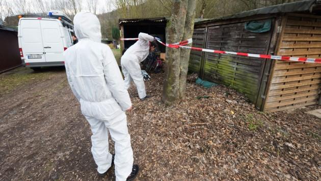 Die Polizei konnte auf dem Campingplatz des nordrhein-westfälischen Lügde viel Beweismaterial sicherstellen. (Bild: APA/dpa/Christian Mathiesen)