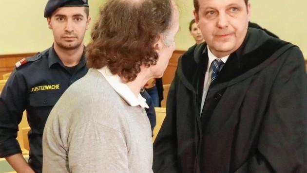 Der Angeklagte (Bild: Zwefo)