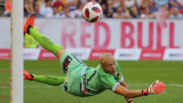 Erst 19 Bundesliga-Gegentore, sechs gegen Salzburg: Schlager (Bild: GEPA pictures/ Thomas Bachun)