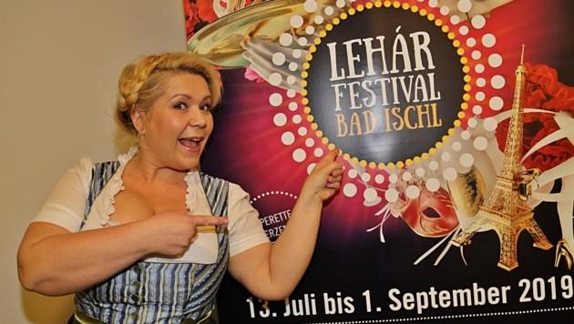 """Susanna Hirschler spielt die Wirtin im """"Weißen Rössl"""" (Bild: Marion Hörmandinger)"""