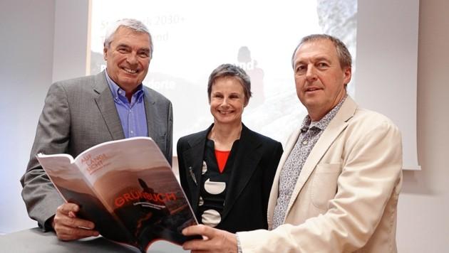 Podiumsdiskussion mit Wolfram Sacherer, Ilse Huber und Erwin Kaltenegger (v. li.) (Bild: Erwin Scheriau)