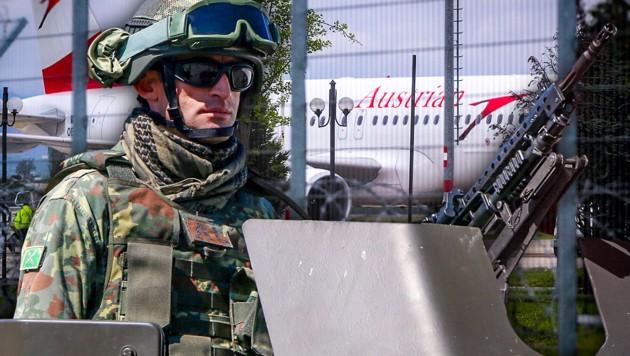 (Bild: APA/AFP/ALBANIAN POLICE/HO, AFP, krone.at-Grafik)