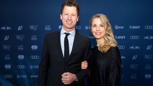 Hannes Reichelt mit Ehefrau Larissa (Bild: GEPA)