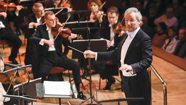 Franz Welser-Möst wird mit seinem Cleveland Orchestra im Brucknerhaus zu Gast sein. (Bild: Matthias Creutziger)