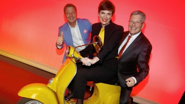 Pamela Rendi-Wagner mit Peter Kaiser und Villachs SP-Bürgermeister Günther Albel. (Bild: Uta Rojsek-Wiedergut)
