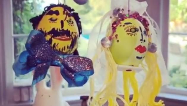 Heidi und Tom feiern als Ostereier schon Hochzeit. (Bild: instagram.com/heidiklum)