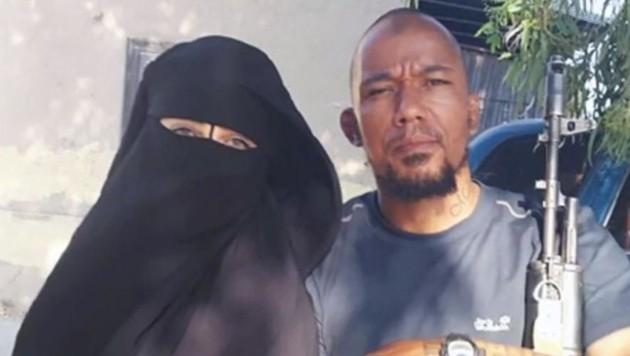 Nach dem Tod ihres Gatten kam die 34-Jährige mit Dennis Cuspert alias Deso Dogg zusammen. (Bild: Screenshot Al Aan TV)