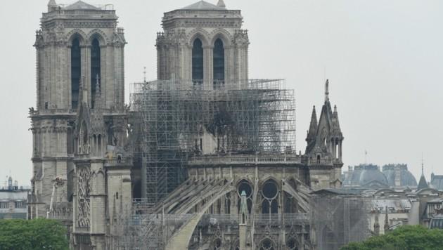 Notre Dame am Tag nach dem Brand (Bild: AFP)
