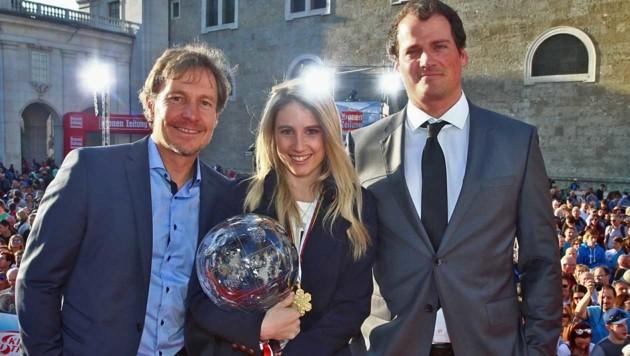 Anna Gasser mit Sportchef Galler (li.) und ihrem nunmehrigen Ex-Coach Scheidl (Bild: GEPA)
