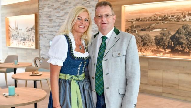 Wolfgang Hochreiter mit Ehefrau Petra im Vortuna-Resort. (Bild: Harald Dostal)