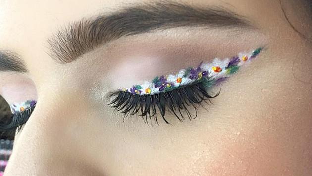 Florale Lidstriche sind bei Fashionistas jetzt der letzte Schrei. (Bild: instagram.com)