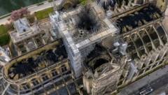 Luftaufnahmen zeigen das Ausmaß des Schadens an Notre Dame nach dem Brand. (Bild: AP)