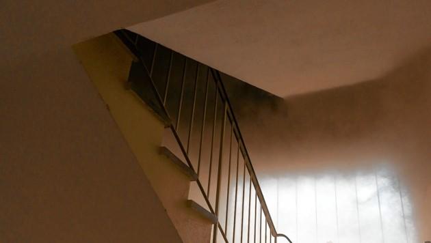 Die Frau rastete aus, weil ihr Sohn mitten in der Nacht an die Wohnungstür klopfte (Symbolbild). (Bild: Wimmer)