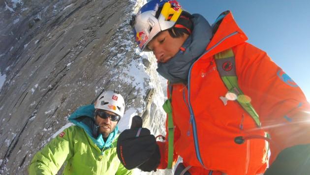 Die Alpinisten Hansjörg Auer (links) und David Lama (rechts) am 29. April 2016 in Nepal (Bild: APA/David Lama)