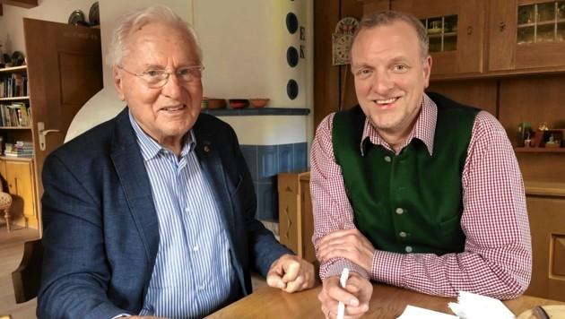Helmut Kritzinger (li.) im Gespräch mit Markus Gassler (Bild: Gassler Markus/Kronenzeitung)