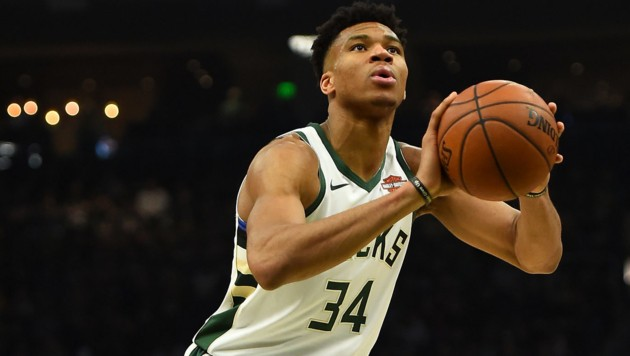 Giannis Antetokounmpo (Bild: APA/AFP/GETTY IMAGES/Stacy Revere)
