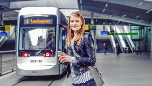 Die normalen Öffi-Tickets werden per 1. Juli wieder teurer. Aber: Wer seine Stunden- und 24-Stunden-Karten per App, also digital, kauft, der spart sich Geld. (Bild: Holding Graz)