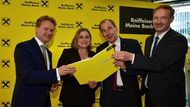 Georg Knill (Industriellenvereinigung) mit Isabell Welpe, Martin Schaller und Christian Helmenstein (von links) (Bild: Ricardo Heintz)