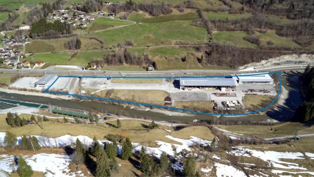 Ansicht von Süden her. Die blaue Linie markiert die Grenze (Bild: Hagleitner Hygiene International GmbH)