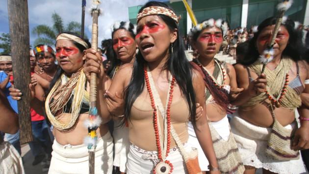 Amazonas-Ureinwohner verhindern Ölbohrungen