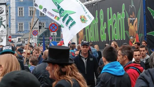 "Wiener Handel tobt über ""Demo-Wahnsinn"""