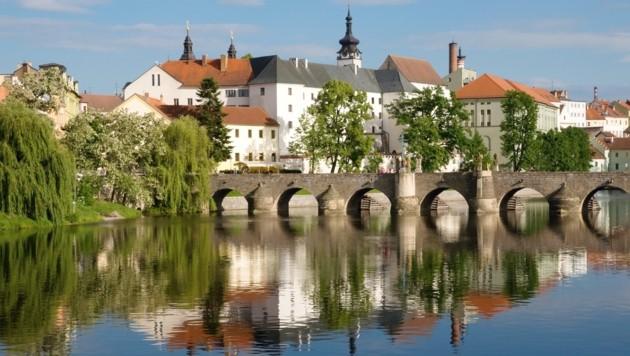 Die Steinerne Brücke in Pisek steht seit dem 13. Jahrhundert und ist somit die älteste in Tschechien. (Bild: stock.adobe.com)