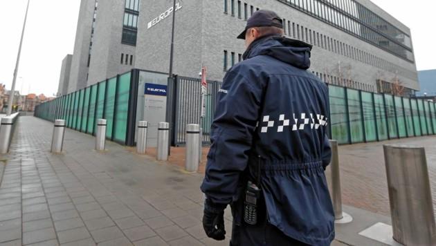 Ermittler bei Europol in Den Haag gehen aktuell von 7500 agierenden Banden aus. (Bild: Klemens Groh)