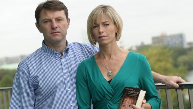 Die Eltern der verschwundenen Maddie, Kate und Gerry McCann (Bild: dpa/Christian Charisius)
