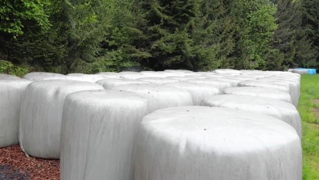 """Zigtausende sogenannte Siloballen """"zieren"""" unsere Landschaft (Bild: Sepp Pail)"""