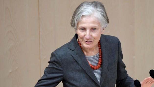 NEOS-Abgeordnete Irmgard Griss (Bild: APA/ROLAND SCHLAGER)