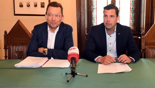 ÖVP-Stadtchef Stefan Krapf mit Anwalt Christoph Mizelli (l.). (Bild: Fellner Klemens)