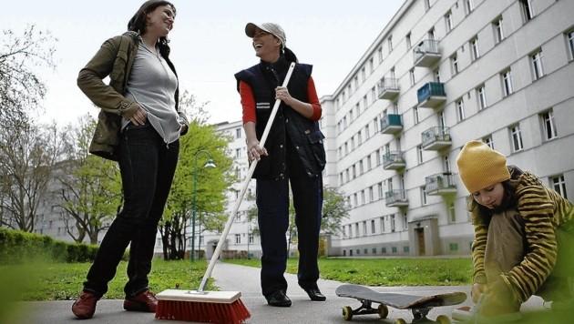 Wiener Gemeindebau bekommt wieder fixe Hausbesorger - Schwarz-Blau in Graz winkt ab. (Bild: Steinbach)