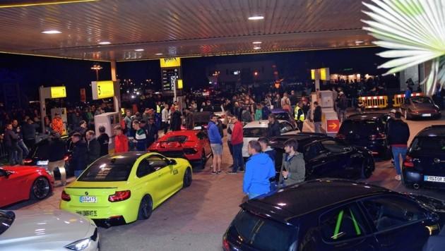 So ging es 2019 beim GTI-Vorteffen an der Selpritsch-Tankstelle zu. (Bild: Hermann Sobe)